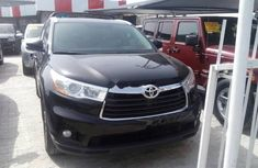 Toyota Highlander 2014 black automatic for sale