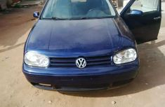 Clean Volkswagen 2004 for quick sale