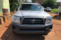 Toyota Tacoma 2008 model one and half cabin for sale