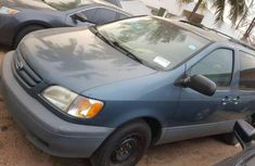 Toyota sienna 2002 model for sale