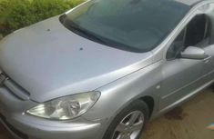 Super clean 307 Peugeot grey for sale