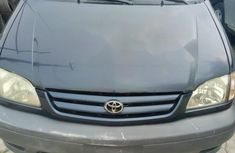 Almost brand new Toyota Sienna Petrol 2002 for sale