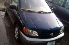 very clean Toyota Sienna 2002 for sale