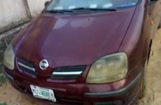 Red Nissan Almerea Tino 2005 for sale