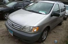 2001 Toyota Sienna Silver for sale