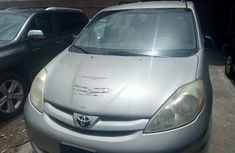 Toyota Sienna 2008 Automatic Petrol for sale