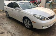 ES 300 Lexus in perfect condition for sale