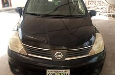 Nissan Versa 1.8 S Hatchback 2011 Black for sale