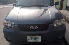 Ford Escape 2005 XLT Blue for sale