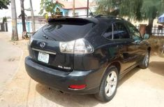 Clean Lexus RX 330 for sale