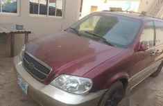 Kia Carnival 2005 Red for sale