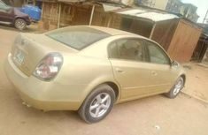 Sharp Nissan altima gold for sale