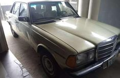 Sharp flat boot Mercedes 230 for sale