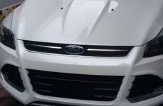 Ford Escape 2015 White for sale