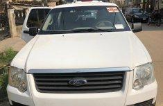 Ford Explorer 2006 White for sale