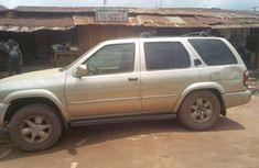 Nissan pathfinder 02 model for sale