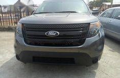 Ford Explorer 2014 Gray for sale