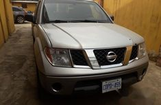 Tokunbo Nissan Frontier 2007 Silver for sale