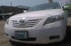 Toyota Camry WHITE 2008 for sale