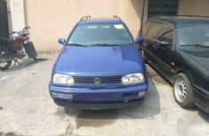 Clean Volkswagen Golf Automatic Wagon 2002 Blue for sale