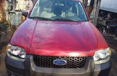 Ford Escape 2005 XLT Red for sale