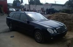 Clean Mercedes-Benz E240 2004 Blue for sale