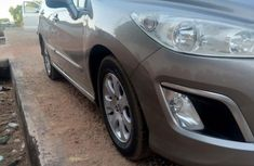 Peugeot 308 2010 Gray for sale