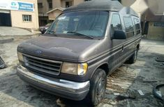 Ford E-150 1993 Gray for sale