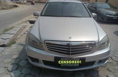 Registered Mercedes Benz c300 09 for sale