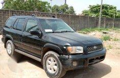 Nissan Pathfinder 2002 Black for sale