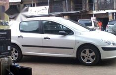 Peugeot 307 2009 White for sale