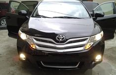 Toyota Venza 2012 AWD Black for sale