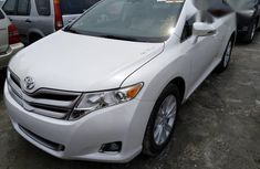 Toyota Venza LE AWD 2013 White for sale