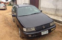 Volkswagen Passat 2000 Black for sale