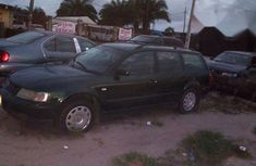 Volkswagen Passat 2004 Green for sale