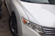Toyota Venza 2010 V6 White for sale