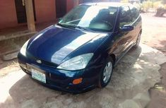 Ford Focus 2005 ZX4 S blue for sale