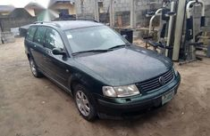 Volkswagen Passat 2.0 TDI 2003 Green for sale