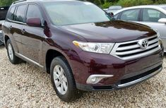 Clean And Neat Toyota Highlander 2015 Model For Sale