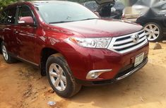 Toyota Highlander Limited 4x4 2009 Red for sale