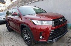 Used Toyota Highlander 2017 Red for sale