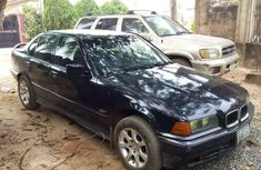 Clean BMW 318i 1998 for sales