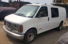 GMC Savana 2000 White for sale
