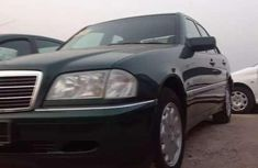 Mercedes-Benz C200 2000 Green for sale