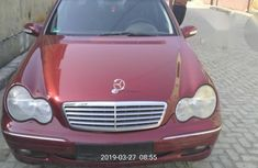 Mercedes-Benz 200 2004 Red for sale