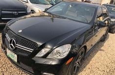 Very clean 2011 Mercedes Benz E350