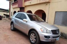 Incredibly Clean First Body Mercedes Benz Ml350 for sale