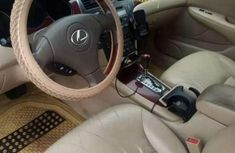 Very clean Lexus 2006 Es 300 for sale