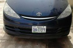 Toyota Premia 2003 Blue for sale