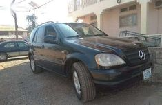 Mercedes ml 320 2000 Green for sale